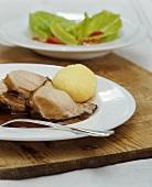 Zicklein-Keule mit fränkischen Klössen