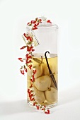 Pears preserved in vodka with vanilla pod (for Christmas)