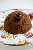 Pistachio petit four with cocoa powder