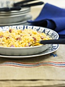 Elbow macaroni with ham and cheese