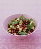 Gurken-Granatapfelkern-Salat mit Koriander