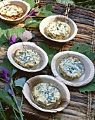 Spinach and ricotta tarts for a picnic