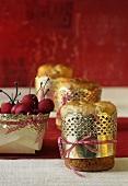 Panettone und Marzipan-Kirschen zum Verschenken
