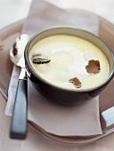 Kohlrabi soup with truffle