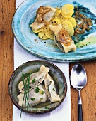 Swabian Maultaschen (pasta parcels) in soup & with potato salad
