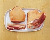 Schweinefleisch: Schulterstück, Bauchfleisch & Haxe