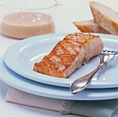 Grilled salmon in yoghurt marinade