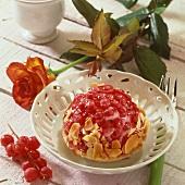 Small redcurrant cake