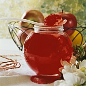 Apple and redcurrant jelly