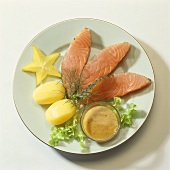 Gravlax with mustard sauce and potatoes
