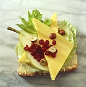 Gouda, pear and cranberries on bread