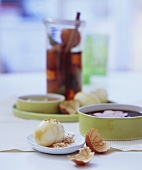 Marmorierte Tee-Eier mit Sesamsalz und Dips