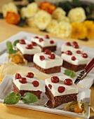 Snow White slices (Chocolate cake with cherries)