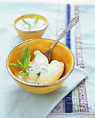 Poached eggs with garlic yoghurt sauce (Turkey)