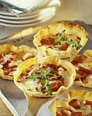 Cabanossi, pepper and cheese tartlets