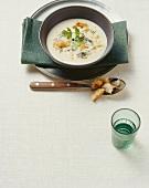 Minestra aglio ed erbette (Garlic soup, S. Tyrol)