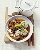 Ox goulash with cream