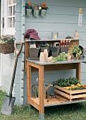 Spaten und sonstiges Gartenwerkzeug
