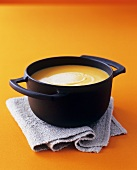 Butternut squash soup with nutmeg and ginger
