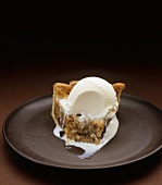 Mincemeat tart with vanilla ice cream