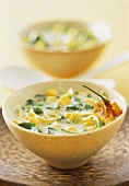 Spinach and leek soup with coconut milk