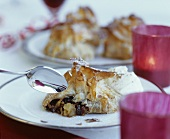 Filo pastry parcels with a mincemeat filling