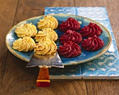Potato and pumpkin rosettes, potato and beetroot rosettes