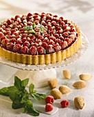 Raspberry flan with almonds