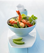 Prawns with green asparagus and oyster sauce (Thai style)