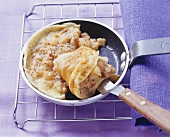 Omelett mit Äpfeln und Zimt