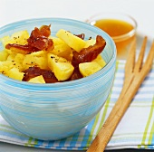 Pineapple and date salad