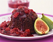 Chocolate pudding with fig sauce