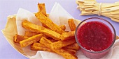 Sweet potato chips with berry ketchup