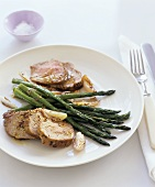 Pork fillet with shallot & mustard sauce & green asparagus