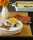 Spinach bake with cheese crust