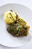 Lamm loin rack joint with herbs and mashed potato