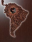 Südamerika aus Kaffeebohnen mit Kaffeesee