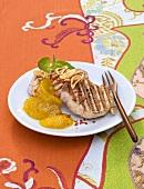 Gegrilltes Schweinefilet mit Ananas-Curry-Konfitüre