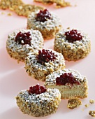Walnut tartlets with cranberries