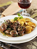Pork kidneys with parsley and potatoes