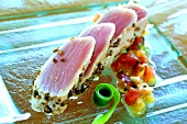 Seared tuna fillet with pepper and tomato salsa