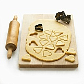 Biscuit dough, biscuit cutters and rolling pin