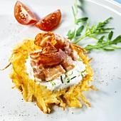 Potato rösti with bacon and yoghurt