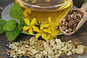 Herbal tea with St. John's wort, valerian root, hops & lemon balm