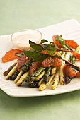 Asparagus and blood orange salad with dressing
