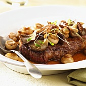 Sirloin steak with mushrooms