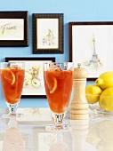 Orange cocktails, peppermill & lemons, pictures depicting Paris