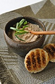 Poultry liver mousse with tarragon
