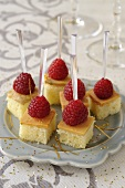 Brioche cubes with goose liver and raspberries (Christmas)