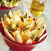 Chicory salad with carrots and clementines